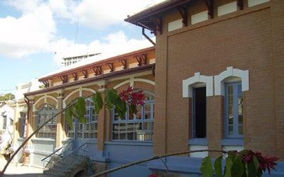 Dotation de matériels et consommables médicaux aux structures sanitaires publiques