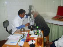 Consultation-d'un-patient-au-CHUJRA