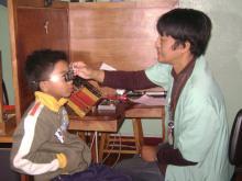 Consultation-en-réfraction-d'un-enfant