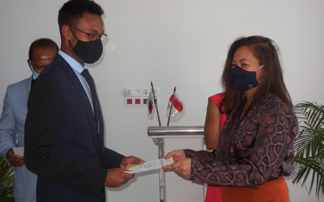 La deuxième promotion parrainée par le Consulat est officiellement licenciée