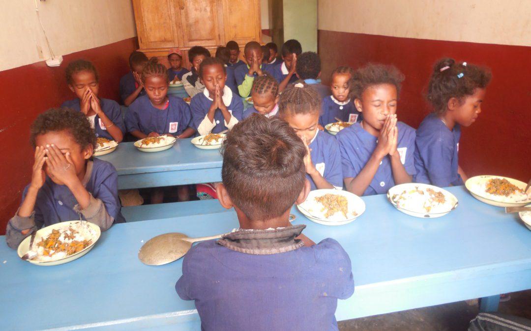 Les enfants vivant dans les quartiers défavorisés de la capitale pris en compte par le Consulat
